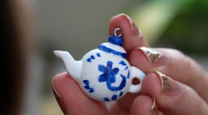 DIY Teapot Necklace