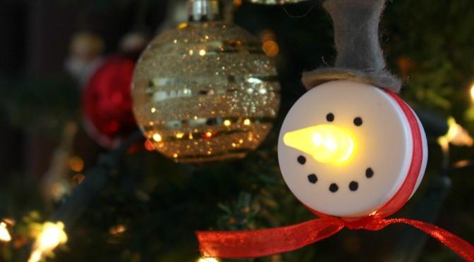 DIY Tea Light Snowmen