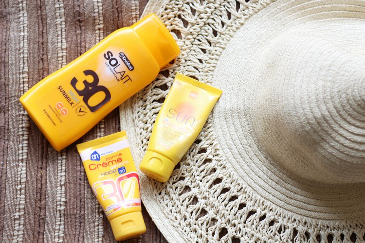 To Sunscreen or Not to Sunscreen